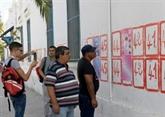 Présidentielle : les Tunisiens appelés à trancher après des semaines d'incertitude