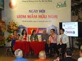 Rencontre des familles d'accueil d'étudiants cambodgiens à Hanoï