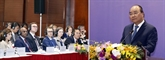 Le PM à la séance plénière duForum de réforme et de développement du Vietnam 2019