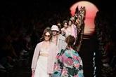 Aux défilés de Milan, Fendi fait entrer le soleil
