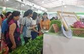 Ouverture d'une foire des produits agricoles à Hanoï