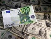 L'euro baisse fortement face au dollar après des PMI européens déçevants