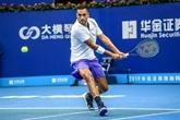 Tennis : Kyrgios chute d'entrée à Zhuhai, touché à l'épaule