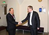 Le Vietnam et la Finlande discutent de mesures pour développer leurs relations
