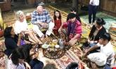 Tourisme: des journalistes étrangers visitent Nghê An