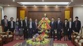 Une délégation laotienne adresse ses vœux de Nouvel An lunaire à Hoà Binh