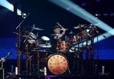 Mort de Neil Peart, batteur du groupe de rock Rush