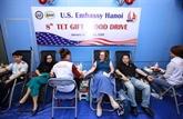 Lambassade des États-Unis au Vietnam organise la 8e journée du don de sang