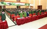 Affaire de Dông Tâm : cérémonie d'encouragement au courage des policiers sacrifiés
