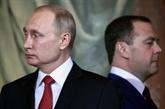 Poutine annonce une révision de la Constitution
