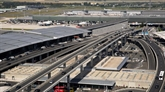 Soixante-deux maires demandent à Macron de renoncer à l'extension de l'aéroport