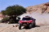 Dakar : courte victoire pour Peterhansel, Sainz reste leader