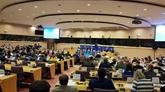 La résolution demandant la ratification des EVFTA et EVIPA approuvée
