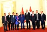 Des activités de Truong Hoà Binh au Forum économique mondial à Davos