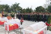 Diên Biên : Inhumation des restes de 15 soldats tombés au Laos