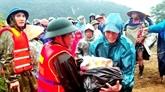 Inondations au Centre : le Front de la Patrie du Vietnam se tient aux côtés des sinistrés