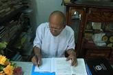 Un professeur khmer se consacre corps et âme à la cause éducative
