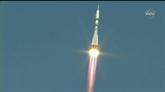 Un équipage spatial en route pour un voyage express vers l'ISS