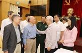 Le chef du PCV à l'écoute des électeurs de Hanoï
