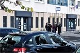 Attaque d'un commissariat à Champigny-sur-Marne : deux personnes en garde à vue