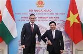 Vietnam - Hongrie : entretien entre les deux ministres des Affaires étrangères