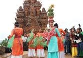 Lethnie Cham à Ninh Thuân célèbre la fête Katê 2020