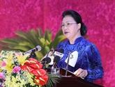La présidente de l'AN, Nguyên Thi Kim Ngân, au Congrès du Parti de Hoà Binh
