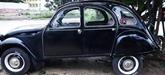 Mise aux enchères d'une Citroën pour soutenir les sinistrés du Centre du Vietnam