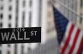Attentiste, Wall Street termine légèrement en baisse