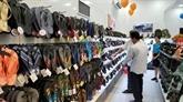 Chaussures : les produits de Biti's séduisent les consommateurs cambodgiens