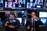 Wall Street hésite entre craintes politiques et prouesses de la tech