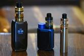 Les deux-tiers des vapoteurs sont également fumeurs