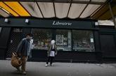 De nouveau confinée, la France au ralenti, bronca de commerces indépendants