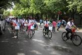Hanoï : environ 400 coureurs à une course cycliste