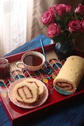 Gâteau roulé à la confiture de fraises maison