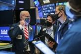 Wall Street termine en nette baisse, refroidie par la hausse des cas de COVID-19