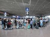 COVID-19 : rapatriement de près de 450 Vietnamiens du Japon