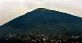 En Bosnie, une pyramide controversée attire Djokovic et les adeptes d'énergies mystérieuses