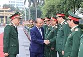 Le PM se rend à l'Académie de la défense nationale