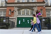 Réouverture des écoles primaires de New York malgré la flambée de COVID-19