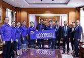 Les jeunes laotiens au chevet des victimes du Centre du Vietnam
