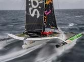 Trophée Jules Verne : Coville et son équipage ont passé l'équateur avec neuf heures d'avance