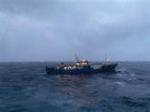 Un cargo russe en détresse remorqué par la marine vietnamienne