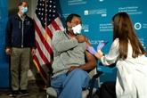 À Washington, un personnel soignant exténué retrouve espoir grâce au vaccin