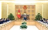 Le Premier ministre travaille avec Trà Vinh, Thua Thiên-Huê et Thai Binh