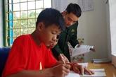 Lai Châu : quand les gardes-frontières adoptent des enfants