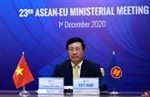 Pham Binh Minh à la 23e réunion ministérielle entre l'UE et l'ASEAN