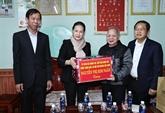 La présidente de l'AN rend visite à des sinistrés de Quang Nam