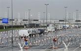 Calme plat au port de Calais, après la suspension des transports en provenance du Royaume-Uni