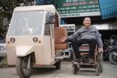 Lê Huy Tich et ses véhicules pour les handicapés